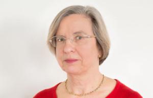 Caroline Bowden Headshot