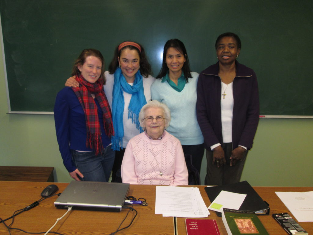 Regina Siegfried, A.S.C., seated, with students in her fall 2016 class: (left to right) Katherine Frazier, O.P.; Ana Gonzalez, O.P.; Cecilia Than, C.C.V.I.; and Margaret Uche, O.P.
